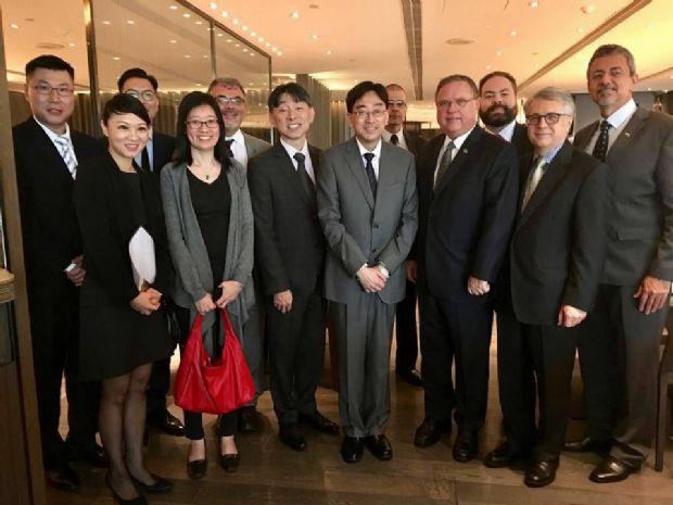 Hong Kong enviará missão para o Brasil dentro de um mês, diz Blairo Maggi