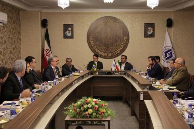 Mídia iraniana destaca esforços do Brasil em expandir comércio com o país; milho, carne e soja são exportados