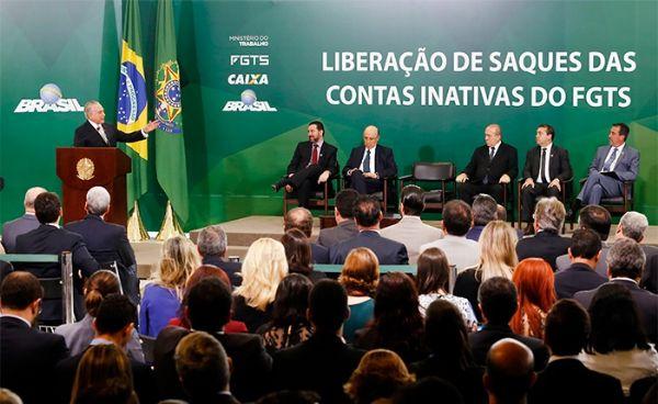 Caixa Econômica em Mato Grosso abre 2h mais cedo para tirar dúvidas sobre FGTS de contas inativas