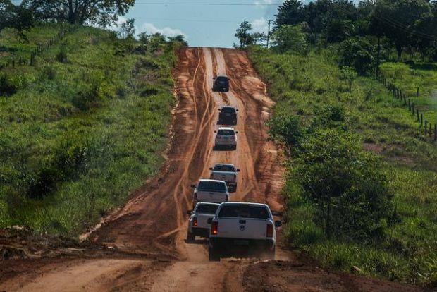 Secretário afirma que não é possível resolver todos os problemas das rodovias de Mato Grosso, mas que escolhe-se os piores trechos