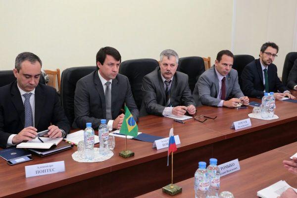 Rússia anuncia visita em março ao Brasil para habilitar frigoríficos