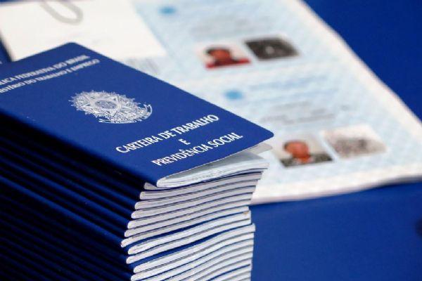 Mato Grosso conta com 796 vagas de trabalho abertas entre 19 municípios