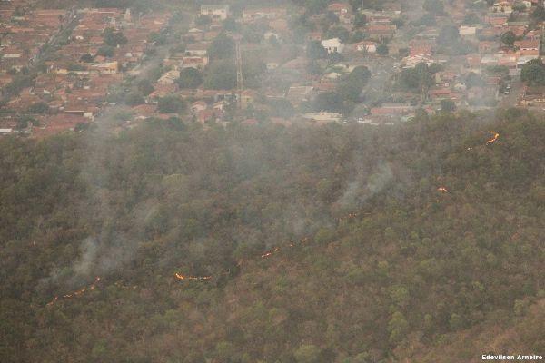 Em 6 dias, incêndio destruiu 70% de Parque em MT