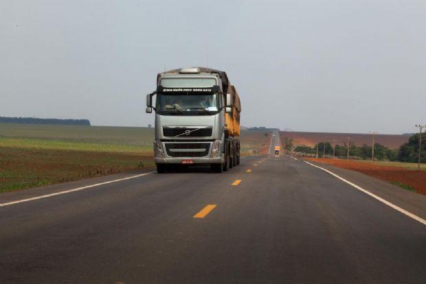 Após 12 anos de espera, pavimentação na MT-336 é realizada e asfalto chega a Santo Antônio do Leste