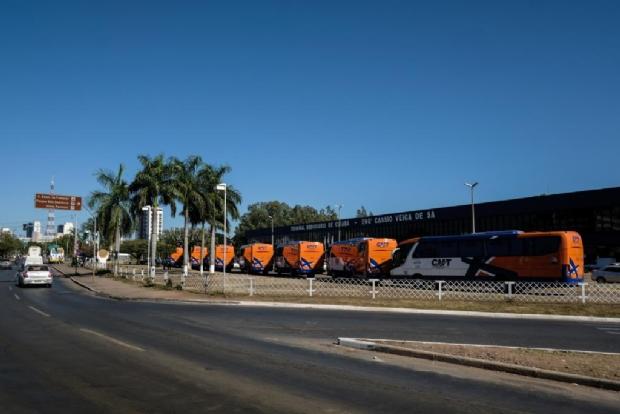 Após ação da Defaz e guerra de liminares, Sinfra contrata empresas para explorar transporte intermunicipal