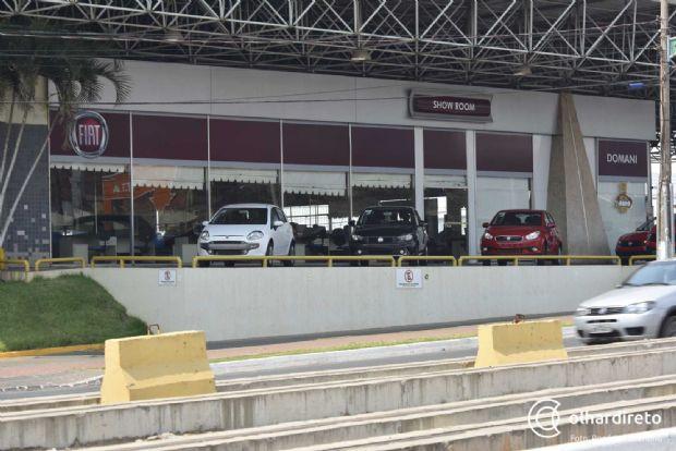 Vendas de carros crescem 49% em MT, mas setor vê dados com cautela por conta de greve no Detran