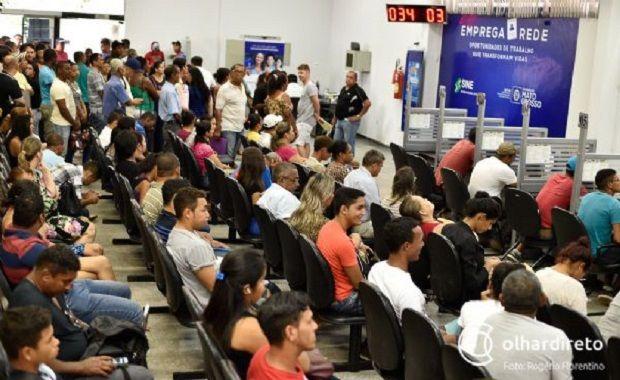 Mato Grosso tem 874 vagas de emprego abertas distribuídas em 21 municípios, segundo Sine