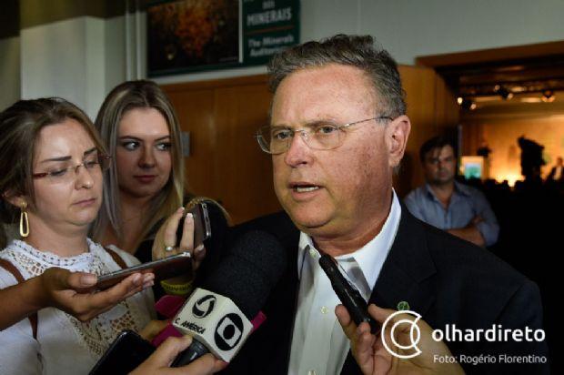 Ministro ameaça deixar de importar produtos do Chile caso haja retaliação à carne brasileira