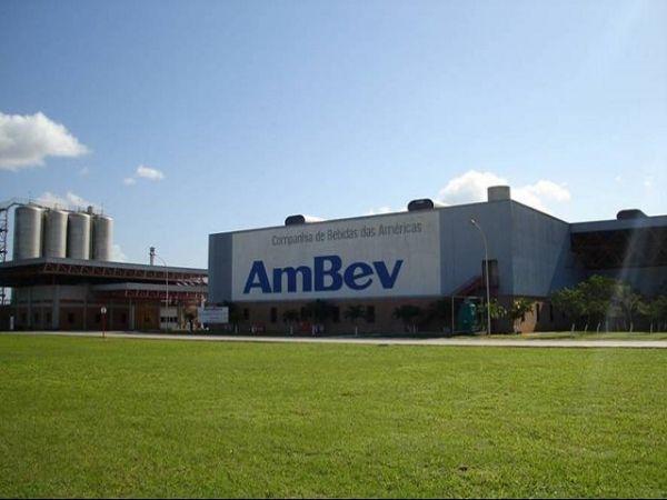 Ambev procura trainee de diferentes áreas e oferece salário inicial de R$6,1 mil