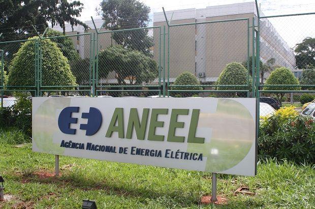 Mato-grossenses terão 13% de redução na conta de luz por cobrança indevida, diz Aneel