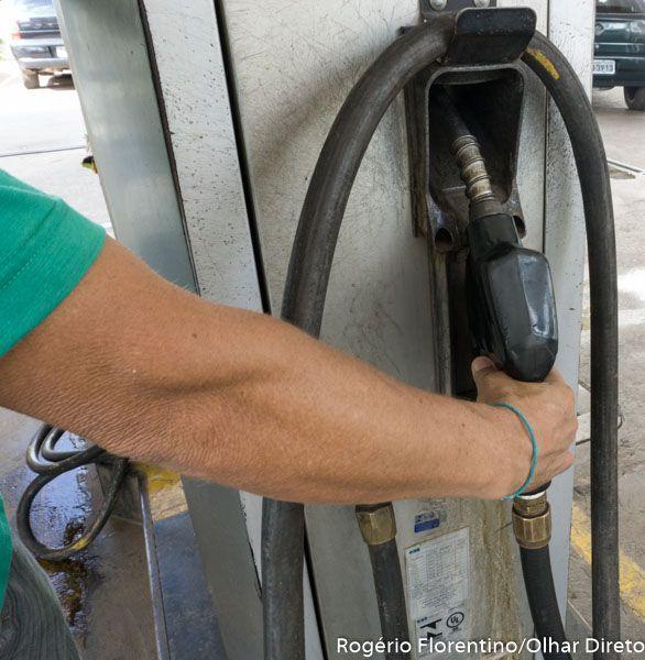 Aumento de etanol na gasolina sobe e deve movimentar setor sucroalcooleiro
