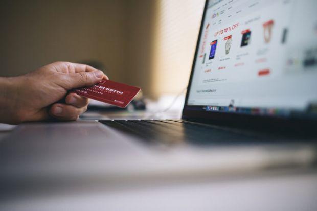 Conforto, variedade e preço estimulam compras online; e-commerce deve movimentar R$ 20 mi em MT