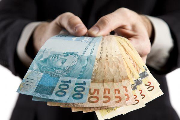 Dezenove mil ainda devem sacar cerca de  R$ 16 mi do PIS em Mato Grosso; veja se você é um deles