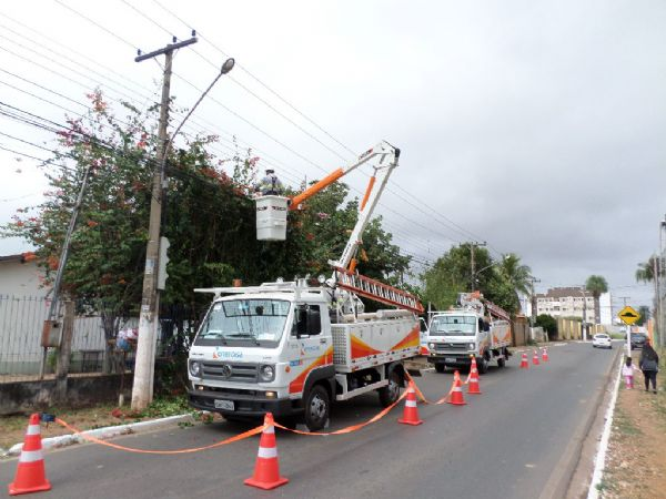 Energia elétrica segue líder em reclamações no Procon; Energisa afirma que atendimento caiu