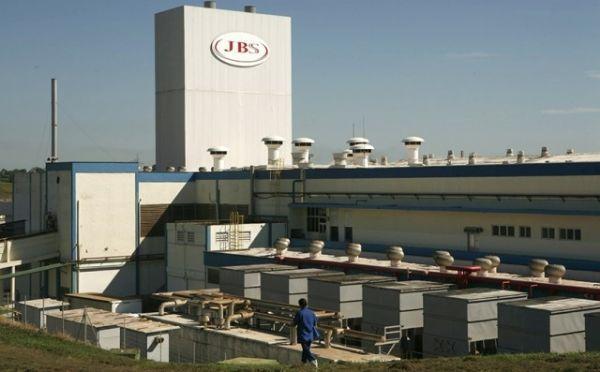 JBS está proibida de efetuar demissões coletivas em Mato Grosso sob multa de R$ 5 milhões