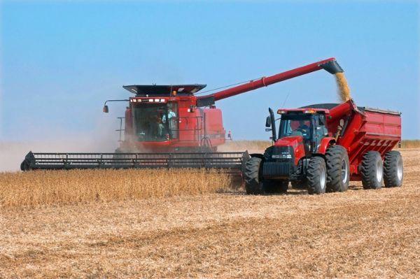 Renda no campo em Mato Grosso deve ser R$ 1,8 bi maior em 2016 puxada pela soja