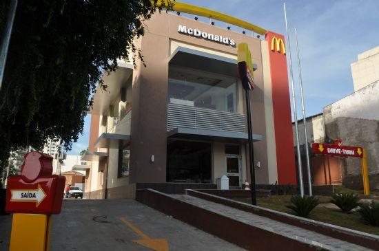 McDonald's conta com 11 vagas de trabalho abertas em restaurantes da rede em Cuiabá