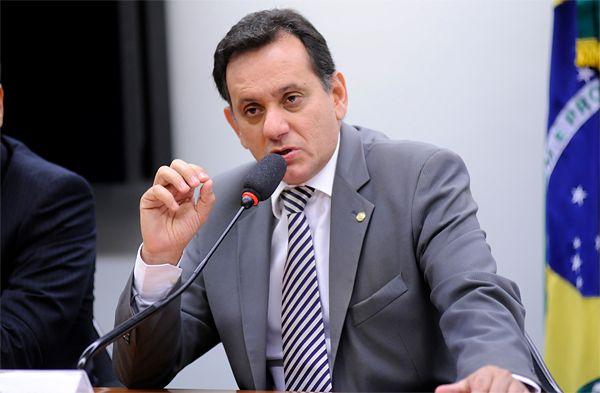 Leitão quer debater tema com especialistas antes de levar projeto para votação