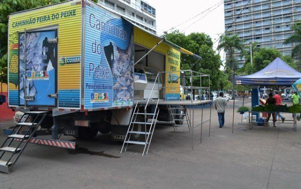 Mais de mil quilos de pescado estarão sendo comercializados na Praça Alencastro