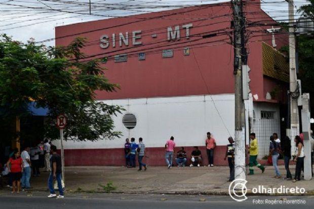 Engenheiro civil e babá estão entre as 701 vagas de trabalho abertas em Mato Grosso nesta semana