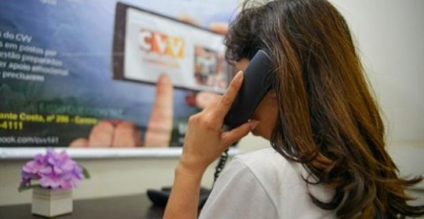CVV realiza novo curso e busca voluntários que queiram 'ouvir sem julgamentos'