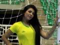 Thayna Gomes   19 anos   Designer de sobrancelha