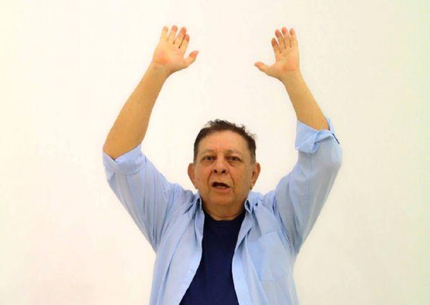 Dramaturgo Luiz Carlos Ribeiro é internado em estado grave e precisa de doação de sangue