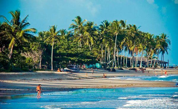 Praia dos Coqueiros em Porto Seguro, Bahia