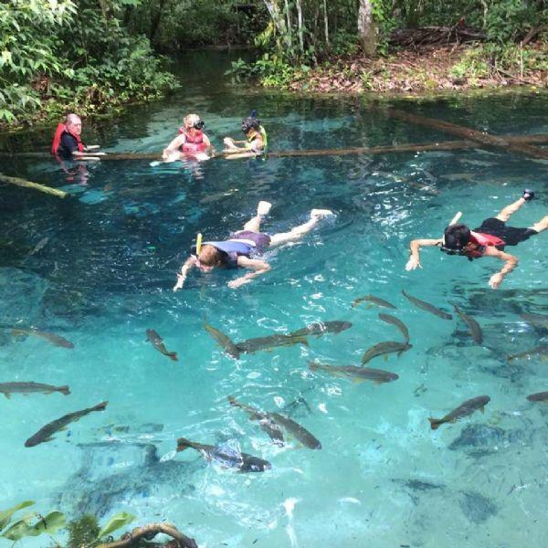 Após 30 anos morando em Cuiabá, empresária visita Nobres e se encanta com lagoa, cachoeira e muito mais