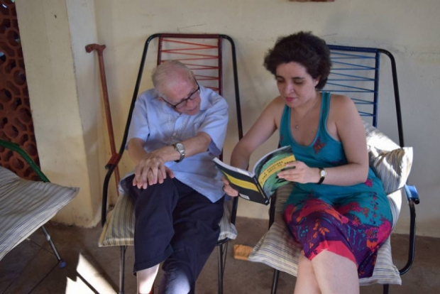 Dom Pedro e a jornalista Ana Helena Tavares