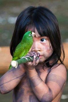 Pesquisador que esteve em Mato Grosso lança livro sobre o povo guarani