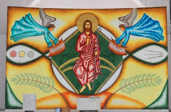 Artista plástica realiza um dos maiores projetos de arte sacra em Lucas do Rio Verde