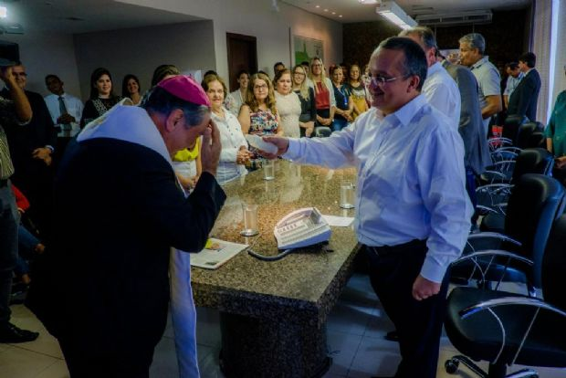 Taques garante realização do 'Auto da Paixão 2018' durante culto ecumênico no Palácio Paiaguás