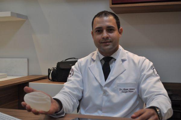 Cirurgia Plástica: Prótese de mama lidera, mas lipoaspiração a laser é novidade