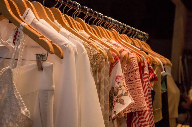 Irmãs criam empresa de 'delivery de roupas' que atende clientes em Cuiabá e Sinop
