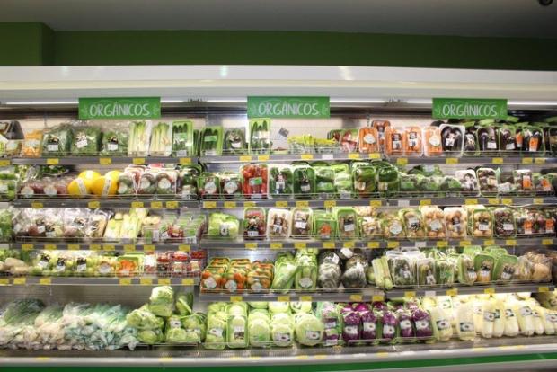 Busca por orgânicos faz produção crescer e supermercados investem em parceiros locais
