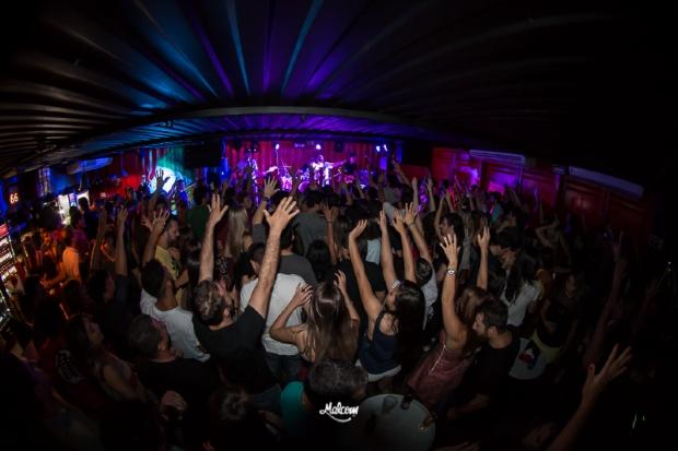 Malcom tem noite especial com músicas de Projota, 3030, 1kilo e Pineapple