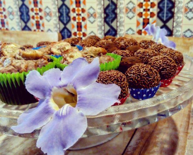 Chá da tarde vegano e sem glúten terá brownie, pães, bolos e mais em Cuiabá