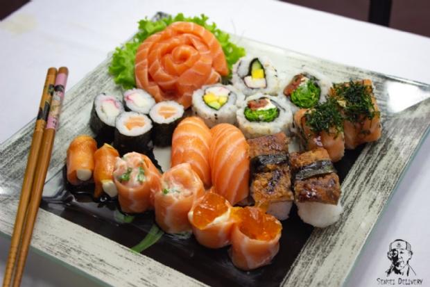 """Primos investem em delivery de comida japonesa: """"vamos"""