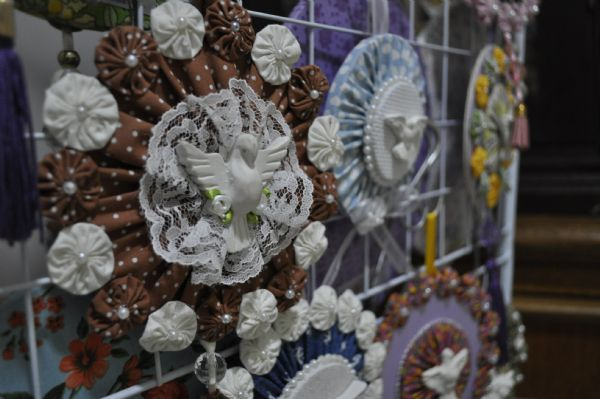De terapia a fonte de renda, fuxicos tomam diversas formas pelas mãos de artesã cuiabana