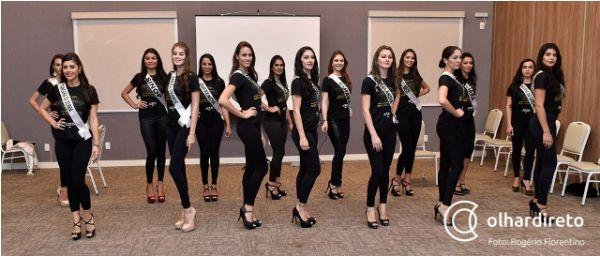 Candidatas passam por treinamento intensivo com coreógrafo carioca antes do Miss Mato Grosso