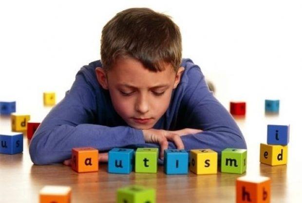 Associação realiza carreata para conscientizar população sobre a exclusão de crianças autistas