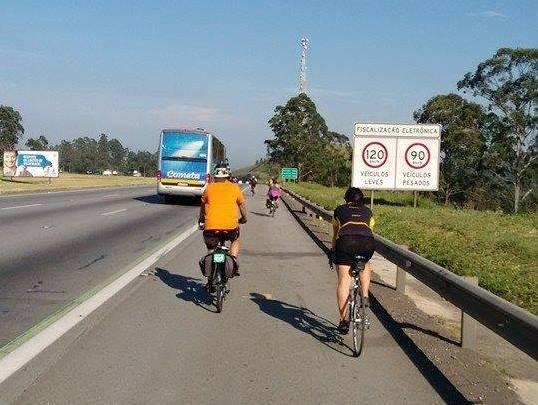 Casal sai de São Paulo de bicicleta e planeja chegar a Cuiabá em 45 dias