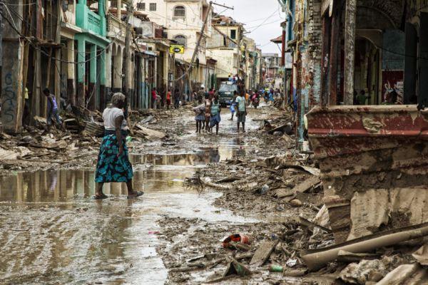 Resultado de imagem para FURACÃO NO HAITI
