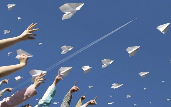 Campeonato Mundial de aviões de papel tem etapa classificatória em Cuiabá