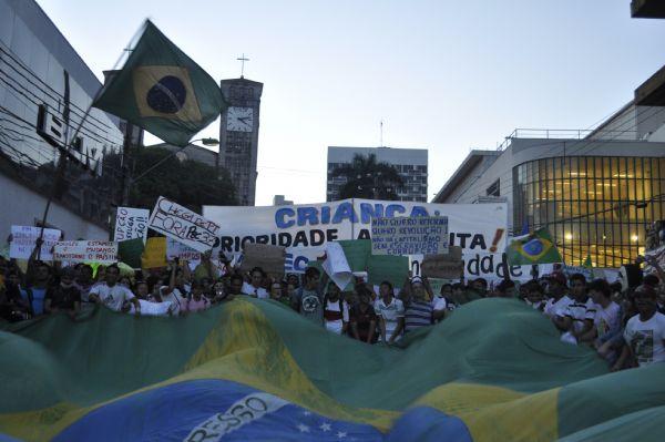 Comitê Popular promete panfletagem e protestos durante a Copa em Cuiabá