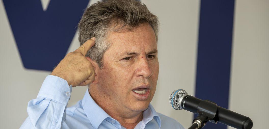 """Mauro defende investigação contra Rota do Oeste por atrasos: """"continua cobrando pedágio"""""""