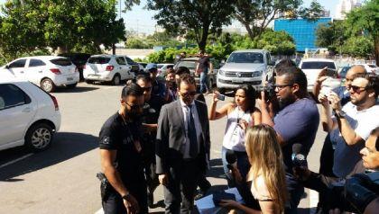 Empresário alvo de mandado de prisão em Brasília está viajando e deve se entregar, diz defesa