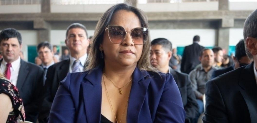 Deposito de R$ 2,7 mi ocorreu antes de decisão que suspendeu repasse para jato, comunica juíza