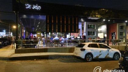 Apesar de melhora no faturamento de bares, Abrasel crítica continuidade das medidas restritivas